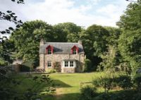 Millnain Cottage in Fodderty, By Strathpeffer